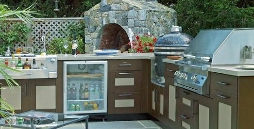 Outdoor Kitchen with Grill at Casual Creations