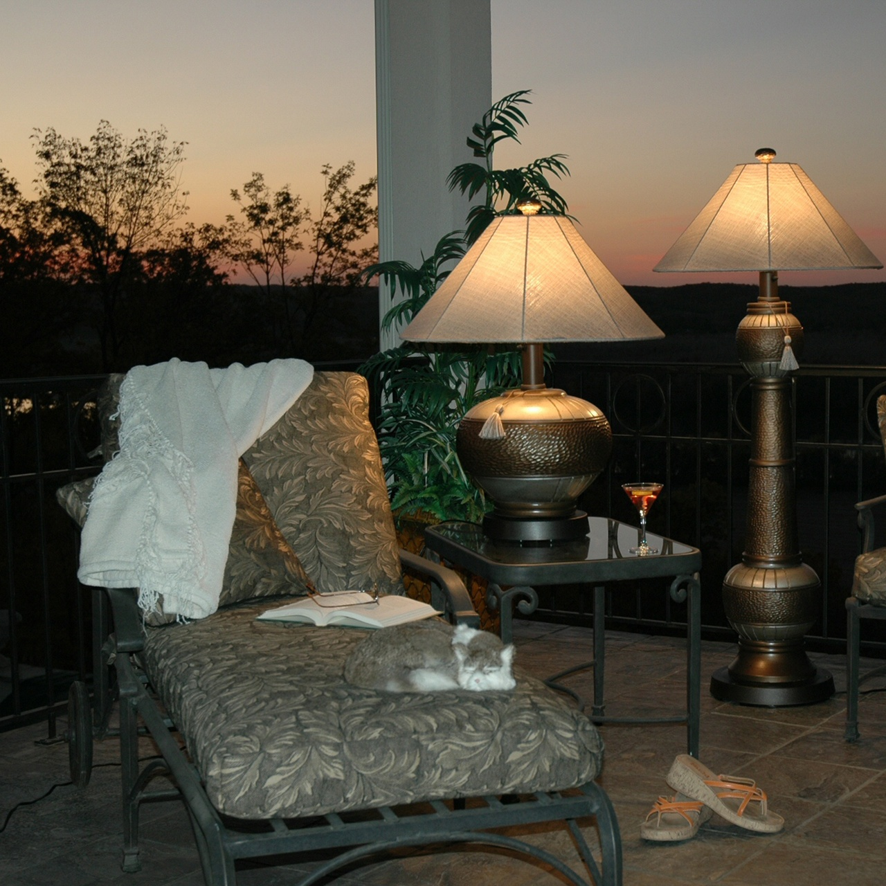 Outdoor Floor Lamps at Casual Creations