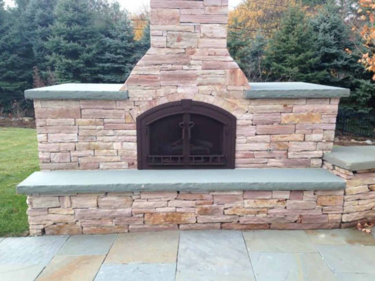Stoll Outdoor Fireplace door